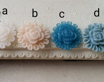11 mm of Assorted Colour Resin Flower Little Cluster Cabochons (.ta)(ZZB)