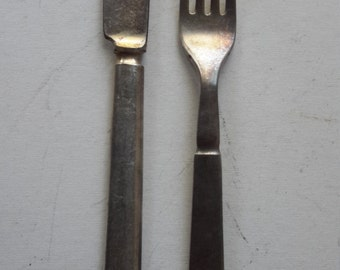 Vintage 1940's WW2 US Navy fork and knife lot flatware Silco A  Reed & Barton A USN silverplate