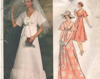 1970s - Vogue 1362 Vintage Sewing Pattern Paris Original Givenchy Size 8 Bust 31 Wedding Bridal Bridesmaid Maxi V Neck A Line