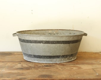 Vintage Antique Galvanized Tub Oval with Painted Black Stripes