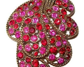 """Kramer Pendant Necklace Red Pink Rhinestones Gold Metal Bar Link Chain Signed 2 3/4"""" Vintage"""