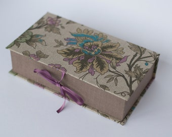 Linen jewelry box - small thing box - handmade box gift for her - case cartonnage box - flower fabric - photographer photo box READY TO SHIP