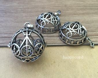 2pcs Antique silver  hollow out  (copper) box charm pendant  30mm