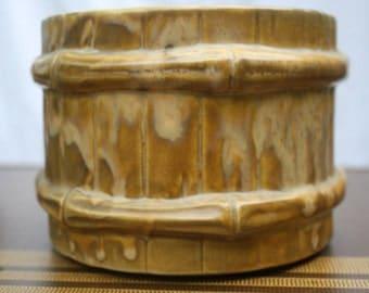 Vintage McCoy Pottery Barrel Bamboo Planter USA 209