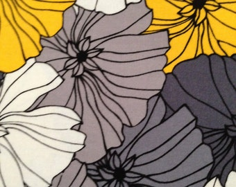 1 Yard 100% Cotton Yellow/Black Retro Floral Print Fabric