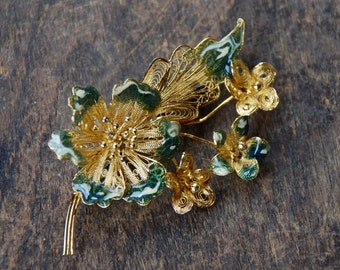 Vintage Sterling Brooch Cannetille Flower Green Enamel Tips Gold Vermeil Made in Italy Mid Century 1960's // Vintage Silver Jewelry