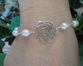 Mother of the Groom Gift,Sterling Silver Flower Bracelet,Freshwater Pearls Bracelet, Mother in Law Gift,Wedding Jewelry, Thank You Mom Gift