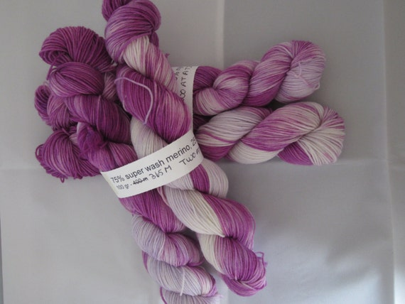 how to join two skeins of yarn