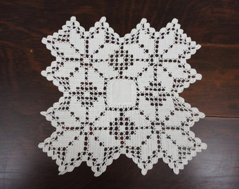 Vintage Square Hand Crocheted White Doily  With Linen Center