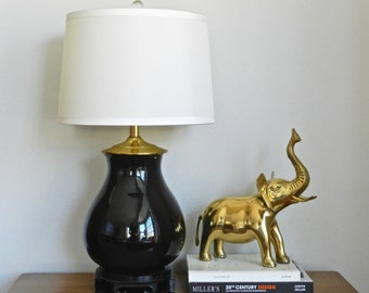 Vintage Asian Table Lamp Black Glossy Ginger Jar Vessel Brass Detailing Palm Beach Chinoiserie Chic Decor