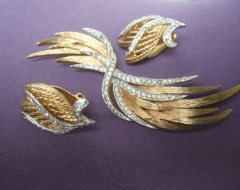Elegant Gilt Metal Brooch & Earring Set by Panetta