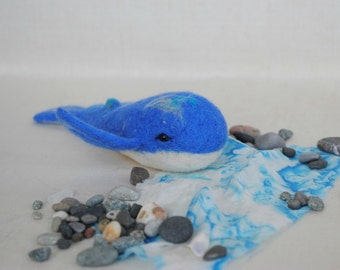 Needle felted miniatere whale OOAK spirit animal totem sculpture cachalot Collectible Miniature turquoise mermaid gift