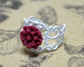 Wine Daisy with White Enamel Ring - Spring Jewelry - Resin Flower Jewelry
