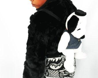 Snoopy Backpack/ 90s Club Kid/ 90s Backpack/ Small Backpack/  90s Fashion/ Kawaii Backpack/ Plush Backpack/ Snoopy Bag/ Fuzzy Backpack