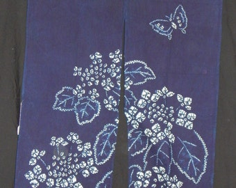 Noren - Split Curtain for Doorways - Indigo & White Shibori Wall Decor