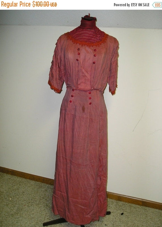 Christmas in Sept Sale 1908 Red Silk Dress