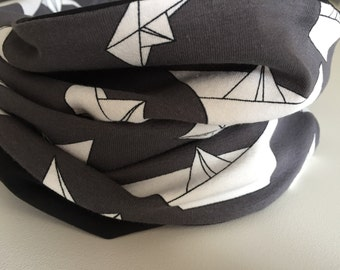 Infinity scarf small 'Paper boats'