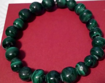 Green Elastic Beaded Bracelet