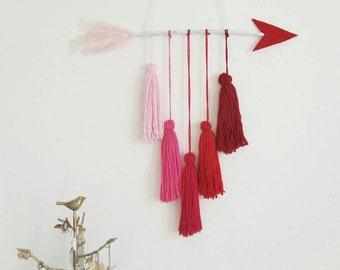 Arrow Yarn Tassels Wall Hanging Art, Nursery Decor, Ombre Yarn Tassels Wall  Hanging Art