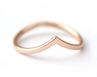 Curved Wedding V Ring - Gold Wedding Ring - 14k Solid Gold