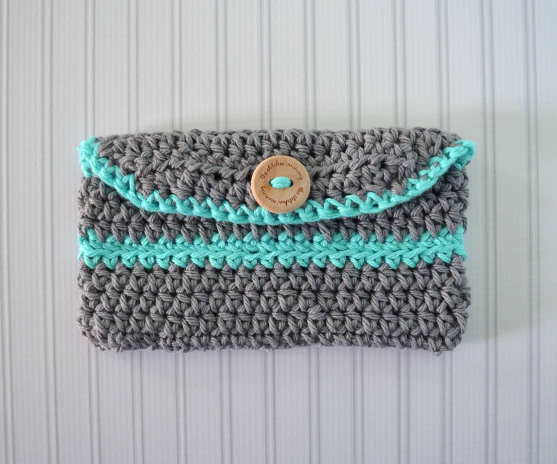 Crochet Crossbody Bag Pattern : Mini Clutch Purse Crochet Pattern by TheStitchinMommy on Etsy