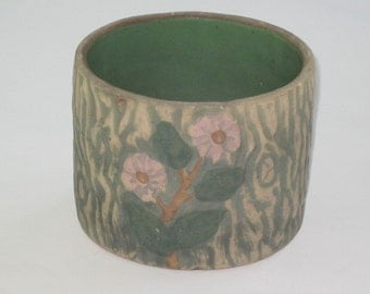 Vintage Green with Pink Flowers Bark Design Pottery Planter
