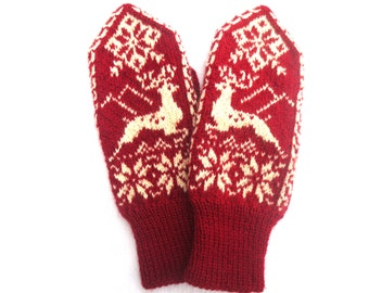 Cashmere wool mittens with deers,Snowflake patterned womens mittens,Scandinavian warm winter gloves,Red white knitted mittens,Gift for Her