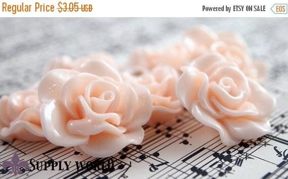ON SALE Resin Cabochon - 5pcs - Flower Cabochon - Petal Peach Flower Cabochon - Cabochon - SW005-9