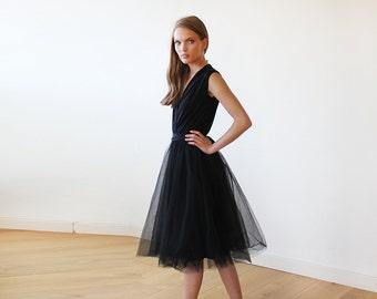 Black midi sleeveless tulle dress, Black bridesmaids tulle short gown 1081