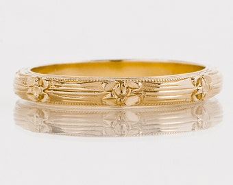 Antique Wedding Band - Antique 1920's 14k Yellow Gold Etched Wedding Band