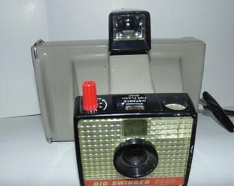 Vintage Polaroid Big Swinger 3000 Land Camera Instant Film Camera Tested