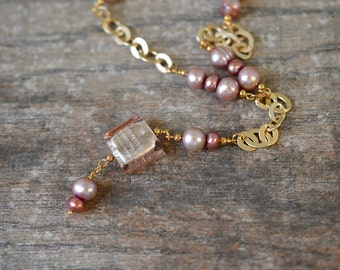 Y Necklace Rose Pink Cultured Freshwater Pearl and Venetian Murano Glass Bead Pendant Gold-Plated Chain