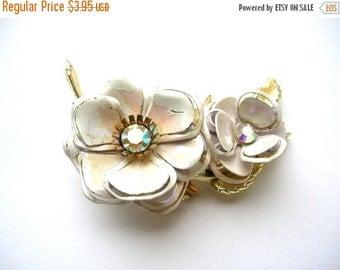 SALE Flower Brooch - Vintage Flower Brooch - White Enamel Flower Pin - Vintage Jewelry