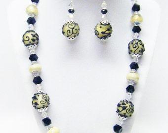 Beige w/Black Flower Lamp Work Glass Bead Necklace /Bracelet & Earrings Set