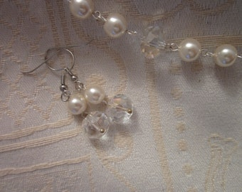 Ivory Glass Round Pearls With Large Glass Rondell Crystal Necklace and Earring SET