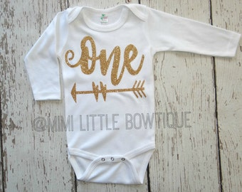 Birthday's Girl gold bodysuit- First Birthday Outfit- First Birthday  Outfit- Photo prop-cake smash-Glitter 1/2 birthday one piece shirt