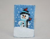 Snowman Brooch - Hand Embroidered on Felt by Lyneoodcrafts