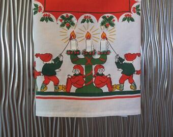 Swedish Christmas Tablecloth - Vintage Swedish Tablecloth - Scandinavian Christmas - Christmas Table Topper -  Free Shipping - 6MTT16
