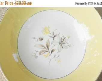 On Sale Vintage Farmhouse Yellow Serving Bowl, Shabby Chic, Cottage Style, Serving