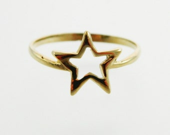 Vintage Gold Star Cutout Ring