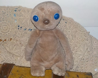 E.T Stuffed Movie Toy,  Stuffed Animal, Vintage Movie Toys, Toys, Vintage Stuffed Toys, Stuffed Animal, Vintage Toys,  :)S