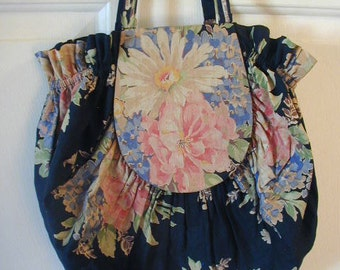 Very Vintage Purse or Work Bag, Possible Beach Bag, Hand Made, OOAK, Glorious Floral Print