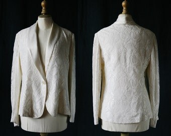 White Chantilly lace jacket, vintage 1980's