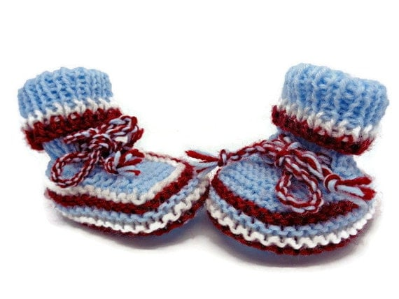 Knitting Patterns For Baby Trainers : Knit baby trainers knit baby sneakers baby football shoes