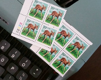 8 Fawn postage stamps