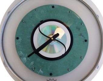 """16"""" 'Ludwig' Clear Drum skin & rim/hoop - Clock w/ Green marbled 33 rpm, 45 record and Cd"""