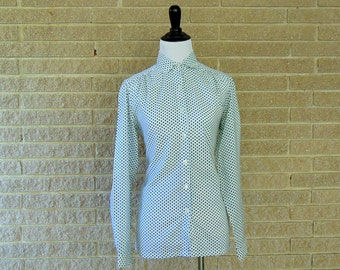 Vintage Blouse | 1970s | Green Polkadot Shirt by Sears | Medium