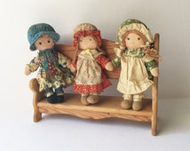 Vintage Hollie Hobby and Friends Dolls and Bench, 9 Inch Hollie Hobby Carrie and Amy Rag Dolls, 1970s Knickerbocker American Greetings Dolls