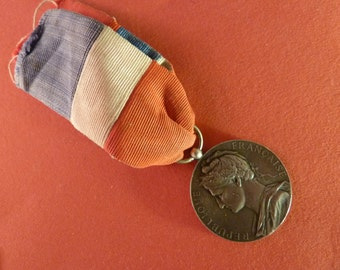Vintage 1931  Sterling Silver  French  Marianne  Medal   signed A. Borret Old Pendant Charm Jewelry