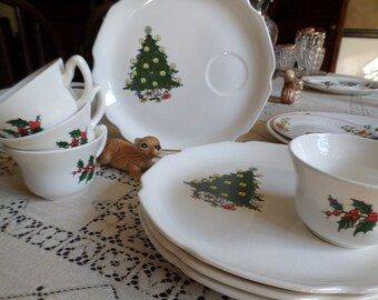 Unmarked Vintage Christmas Tree & Holly Snack Plate Set-Four Cups/Four Plates
